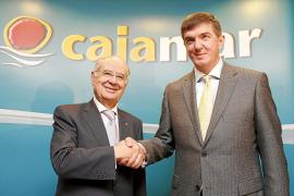 Cajamar potenciará sus inversiones agropecuarias y turísticas con su fusión con Caixa Rural de Balears