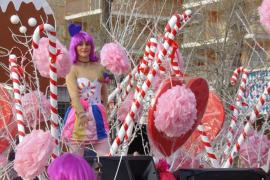 La Platja de Palma celebra el carnaval 2017 con su popular Rua