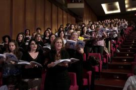 268 voces cantan 'El Mesías'