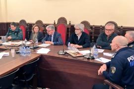 Maria Salom propone a Alcúdia convenios contra violencia de género y sobre una oficina SATE