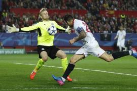 El Sevilla gana al Leicester, pero deja la eliminatoria abierta