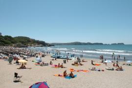 El Consell estudia el impacto de los residuos de los turistas en tres playas de Mallorca