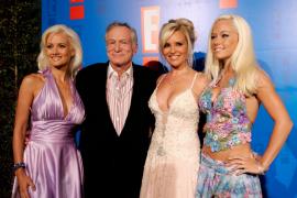 Hugh Hefner, fundador de Playboy, se casa con la «conejita» de diciembre 2009