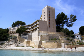 Subastan el hotel Mar i Pins de Peguera por 12,6 millones de euros