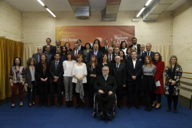 Armengol pide una «reforma profunda» de la Constitución durante la entrega de premios Ramon Llull y las Medallas de Oro
