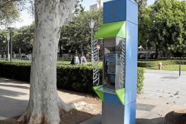 La Federació de Veïns quiere quitar las cabinas telefónicas