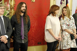 El PP aborta la posible reforma del Estatut por temor a los «antisistema» de Podemos