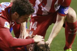 Fernando Torres abandona el hospital Modelo de La Coruña