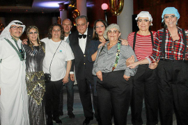 Fiesta de disfraces solidaria en el hotel Valparaíso