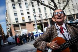 Fallece a los 83 años Bernardo Cortés, el poeta de la Barceloneta