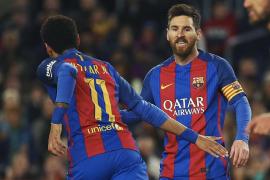 El Barça, con un Messi estelar, golea al Celta y sigue como líder