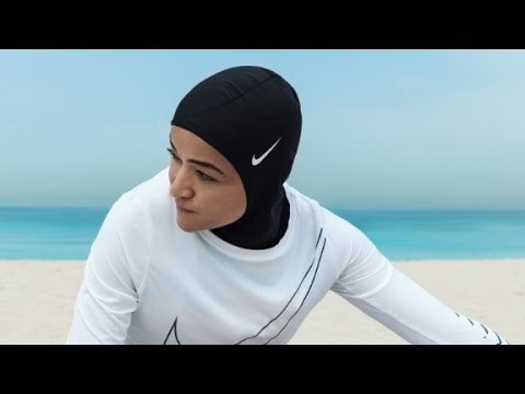 La compañía Nike presenta un hiyab para atletas musulmanas