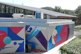 Los vecinos de Peguera critican que la piscina municipal lleve un mes cerrada