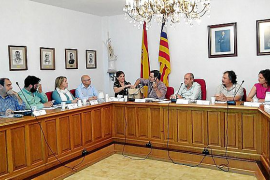 La contratación de asesores enfrenta a oposición y gobierno de Marratxí