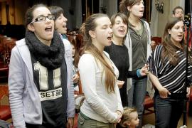 El elenco de 'Illamor' ensaya este montaje lleno de «emoción» en el Auditòrium de Palma
