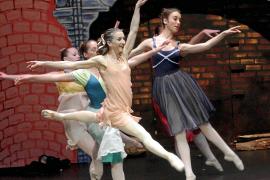 La magia de 'El Trencanous' se baila en los escenarios de Palma por partida doble