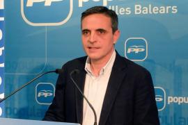 El PP rechaza el impuesto turístico y defiende la modificación del REB