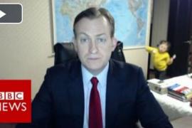 Debate viral sobre el vídeo del corresponsal de la BBC interrumpido por sus hijos