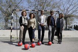 Jóvenes participan en el programa de la Fundació Reial Mallorca 'Juguis on juguis, guanyes'