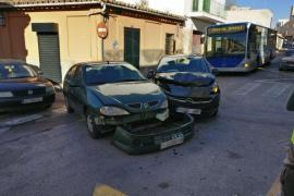 Choque entre dos vehículos en Son Espanyolet