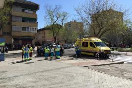Un hombre dispara a su expareja con una escopeta y se atrinchera en su casa de Madrid