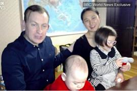La familia al completo comenta la accidentada entrevista para la BBC