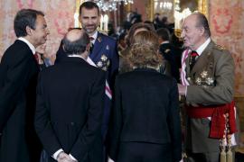 Chacón alaba la eficacia del Ejército en la crisis de los controladores