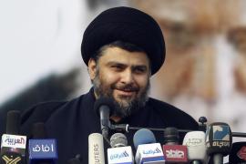 Al Sadr regresa a Irak e insta a los iraquíes a poner fin a la ocupación de EEUU