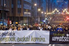 Una multitudinaria manifestación exige en Bilbao una nueva política penitenciaria