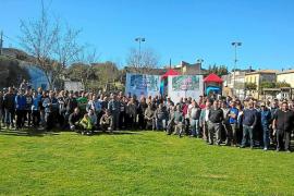 Cerca de 200 personas piden al conseller Vidal que no implante la ZEPA en Maria