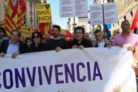 Miles de personas se manifiestan en Barcelona contra el «golpe separatista»