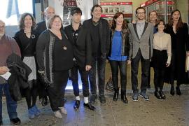 El equipo de 'Incerta glòria' visita Palma con una película plena de «emociones»