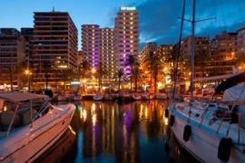 Denuncian a una discoteca del Paseo Marítimo de Palma por no dejar entrar a negros