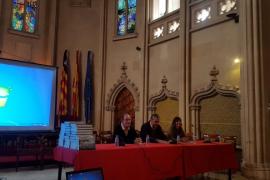 IbSalut homenajea a 33 profesionales jubilados de la Atención Primaria de Mallorca