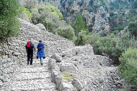 Los excursionistas al Barranc ya no podrán aparcar en Biniaraix