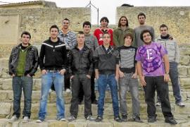 La asociación del Davallament de Sant Joan pide disculpas por su polémico calendario