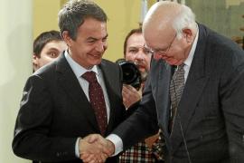 Zapatero proclama que acometerá las reformas aunque no haya consenso