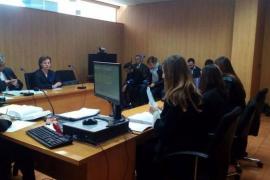 Huertas y Podemos no llegan a un acuerdo de conciliación e irán a juicio oral el 4 de mayo