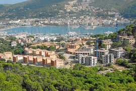 El Consell de Mallorca exige la demolición de los apartamentos ilegales de Monport