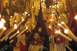 El Bisbat controlará la presencia de pederastas en las cofradías