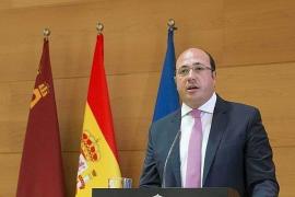 El PSOE presenta moción de censura contra el presidente de Murcia