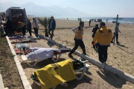 Al menos 12 sirios han fallecido, entre ellos cinco niños, en un naufragio en Turquía