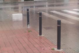 Inundaciones en un paso de cebra
