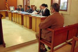 La Audiencia absuelve a una mujer de Palma de injuriar al hombre que abusó de su hija