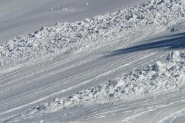 Al menos 6 adolescentes fallecidos por una avalancha de nieve en Japón