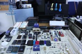 La Policía desarticula un punto venta de objetos robados en Son Gotleu