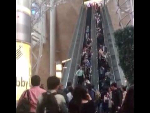 La avería de unas escaleras mecánicas provoca una veintena de heridos