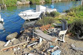 Quejas en el Port de Andratx por la «dejadez» en tareas de mantenimiento