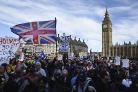 El número de británicos que se presentan al examen para ser españoles se cuadriplica