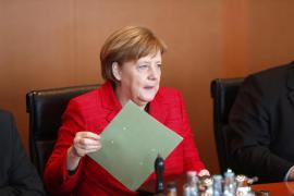 Merkel rechaza negociar el 'Brexit' en los términos que plantea el Reino Unido